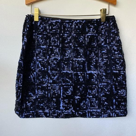 Size 4, H&M, blue holographic sequin mini skirt.